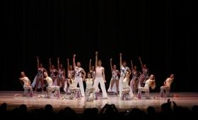 Escuelas de danzas de la región se presentaron en el Teatro Lírico
