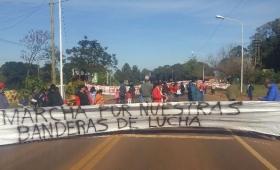Sigue el conflicto en la Escuela 156 de Colonia Guatambú
