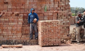 La crisis en la construcción afecta a unas 700 familias de oleros en Misiones