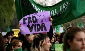 Aborto Legal: el 70% de los argentinos que lo apoyan tiene entre 25 y 39 años