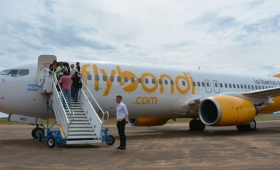 Flybondi quiere vender pasajes a 200 pesos