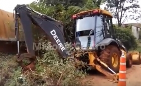 Video: motociclista chocó una máquina