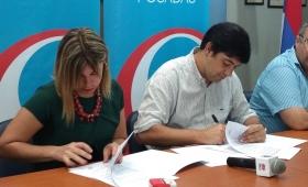 La municipalidad firmó convenios con el IPEC