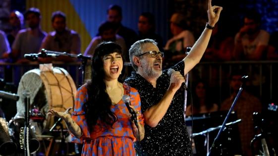 Los Auténticos Decadentes estrenaron una canción con Mon Laferte