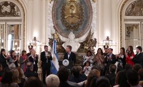 """Macri: """"No están solas en esta lucha"""""""