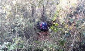 Cuatro muertos al despistar un auto en la ruta 14