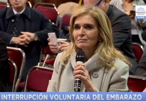 [VIDEO] Un científico dejó en ridículo a una senadora pro aborto clandestino