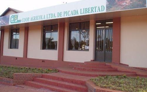 Sueldos atrasados en cooperativa Picada Libertad