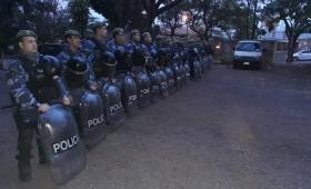 Benmaor militarizó su Ministerio para frenar reclamos de comedores