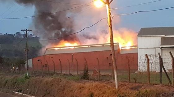 Santo Pipó: se quemó el secadero de Piporé