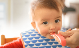 Nutrición: Cómo iniciar la alimentación complementaria de tu bebé