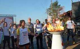 La llama olímpica iluminó a Misiones desde Iguazú