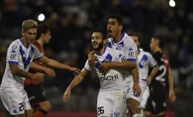 Vélez abrió la Superliga con una victoria