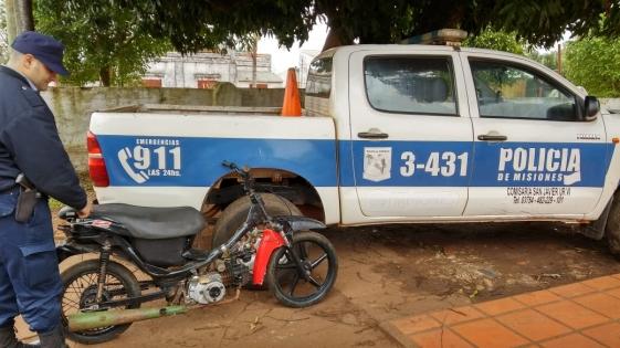 """Frenaron """"picadas"""" de un descontrolado motociclista que tenía a maltraer a todo un barrio"""