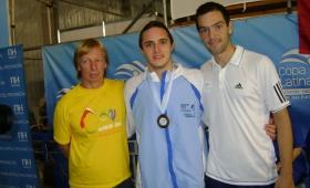 Clínica teórica y práctica de natación en el club Capri