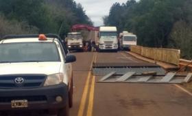 Tránsito interrumpido en el puente Cuña Pirú II