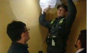 Chaco: intendente escondía 2 millones en el cielorraso