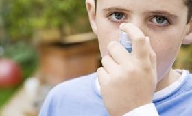 Prohíben uso, distribución y comercialización de un producto para el asma