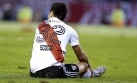 Scocco se fue lesionado de la práctica