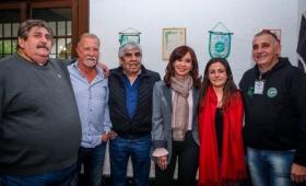 En pleno escándalo por los cuadernos, Cristina se mostró con Moyano