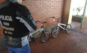 Incautaron dos bikes ocultas entre las malezas