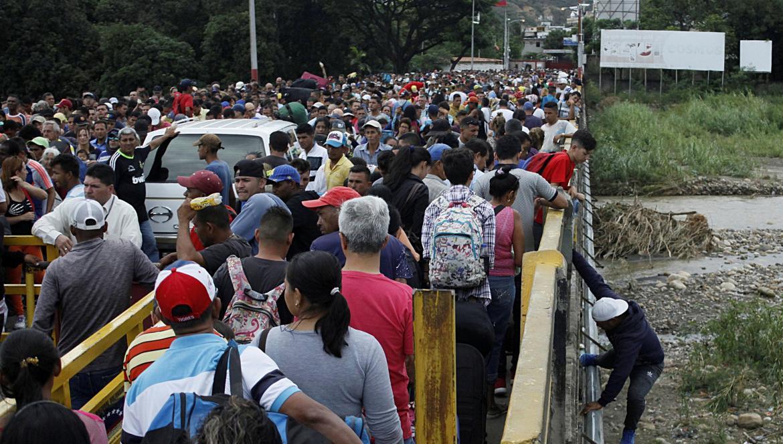 Carlos Trujillo analizará efecto de los migrantes venezolanos en La Guajira