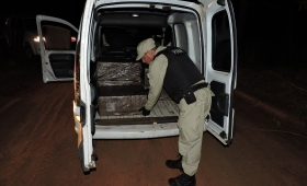Secuestran cargamento de cigarrillos de contrabando