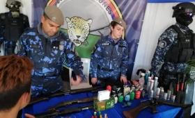 La policía gastó 200 mil pesos en un stand para la fiesta del Inmigrante