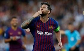 Messi brilló y anotó dos goles en el triunfo de Barcelona