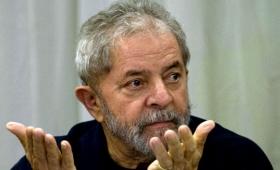 Lula pide permiso para votar en prisión