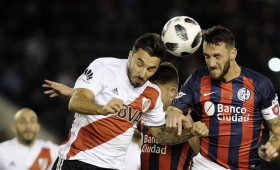 San Lorenzo y River se ven las caras y buscan su primer triunfo en la Superliga