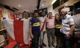 Hinchas de Boca y River vibraron con el Superclásico en Madrid