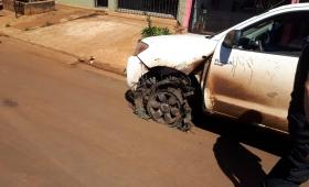Chocó, huyó, intentó coimear a policías; terminó detenido