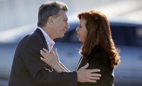 Cristina Kirchner también saludó a Macri tras la muerte de su padre