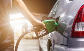 Axion Energy baja hasta 1,5% el precio de sus combustibles