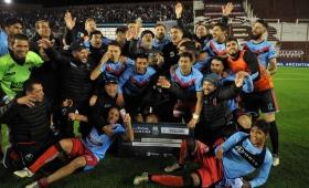 Copa Argentina: Brown de Adrogué eliminó a Independiente