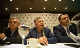 Cumbre de la UCR en Buenos Aires