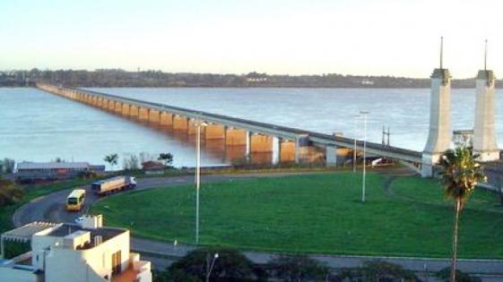 $7 millones costará reparar el puente Paso de los Libres