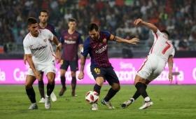 Barcelona goleó al Sevilla, pero preocupa la lesión de Messi