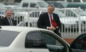 Ordenan la detención de la viuda del ex secretario de los Kirchner
