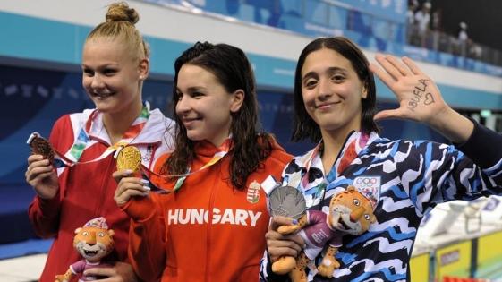 Natación y Remo le dieron a la Argentina las primeras medallas