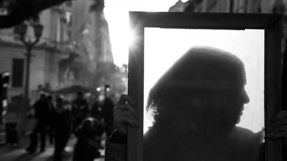 Fotógrafo argentino ganó el premio García Márquez por sus imágenes de Ni Una Menos