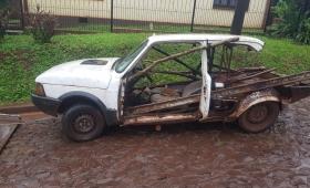 Secuestraron un viejo auto abandonado