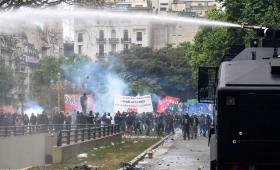 Pedro Puerta repudió la violencia frente al Congreso