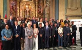 España: distinguen al Embajador Puerta