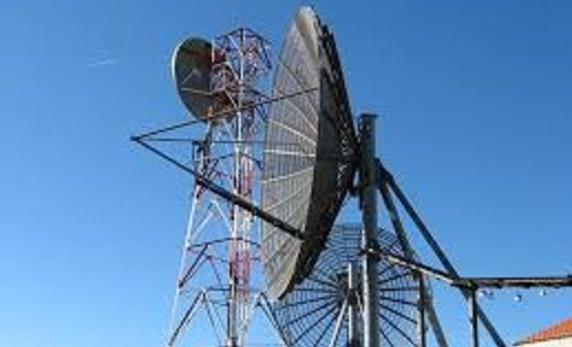No habrá regulación para antenas de radio y televisión