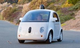 California aprobó los test de coches autónomos sin personas a bordo