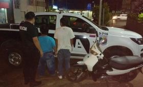 Dos hombres detenidos con una moto robada