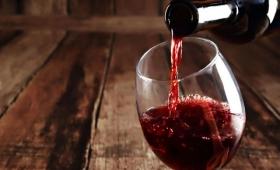 Aprobaron el uso de tanques de acero inoxidable para la venta de vino