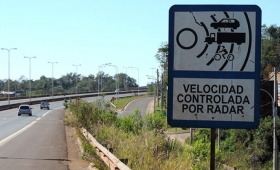 Aprobaron ley que regulará el uso de radares para multas de tránsito